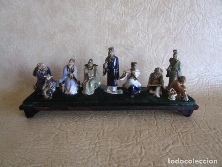 DIORAMA ANTIGUAS FIGURAS PORCELANA CHINAS TAMAÑO PEQUEÑO FIGURA ASIATICA (Antigüedades - Porcelanas y Cerámicas - China)