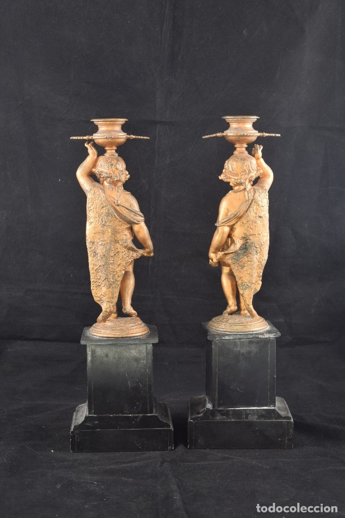 Antigüedades: Pareja de candeleros. Calamina, mármol. Francia, siglo XIX. - Foto 5 - 178177683