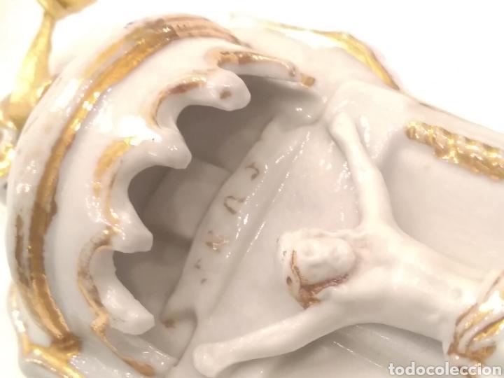 Antigüedades: Pila benditera de porcelana siglo XIX - Foto 2 - 178259255