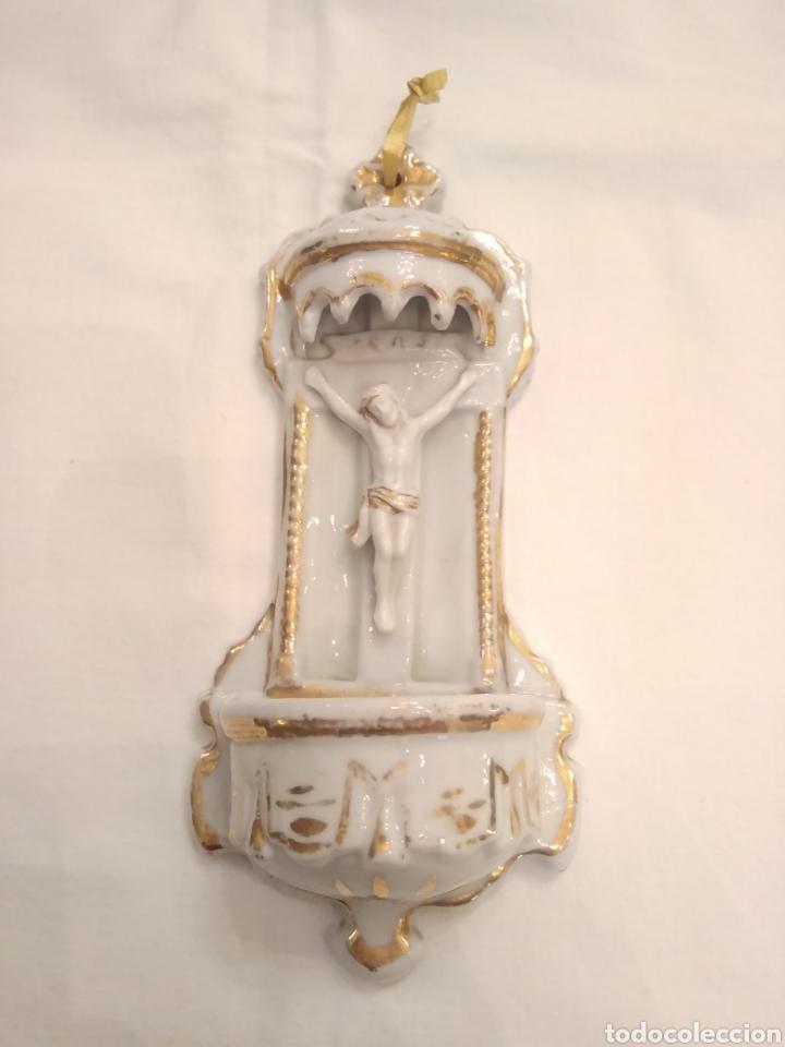 Antigüedades: Pila benditera de porcelana siglo XIX - Foto 4 - 178259255