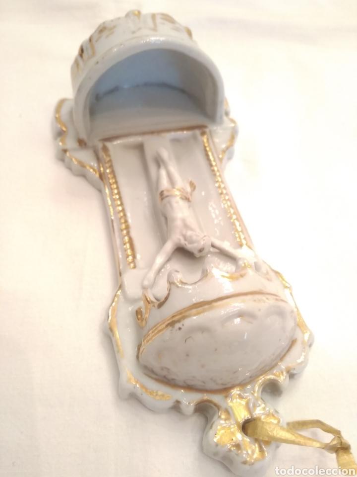 Antigüedades: Pila benditera de porcelana siglo XIX - Foto 6 - 178259255
