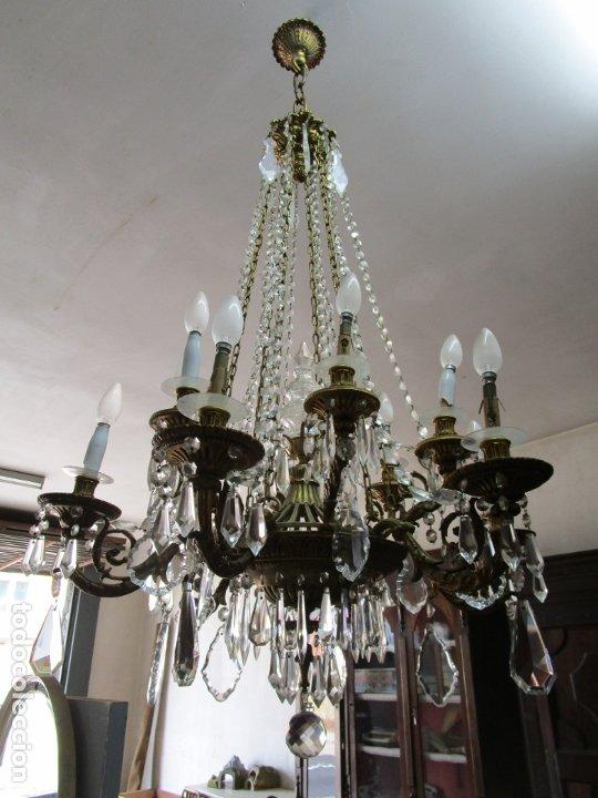 Antigüedades: Preciosa Lámpara de Techo - 12 Luces en 2 Niveles - Bronce Cincelado - Lagrimas de Cristal - S. XIX - Foto 9 - 178332288