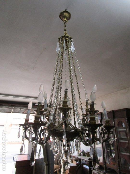 Antigüedades: Preciosa Lámpara de Techo - 12 Luces en 2 Niveles - Bronce Cincelado - Lagrimas de Cristal - S. XIX - Foto 14 - 178332288