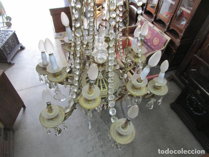 Antigüedades: Preciosa Lámpara de Techo - 12 Luces en 2 Niveles - Bronce Cincelado - Lagrimas de Cristal - S. XIX - Foto 21 - 178332288