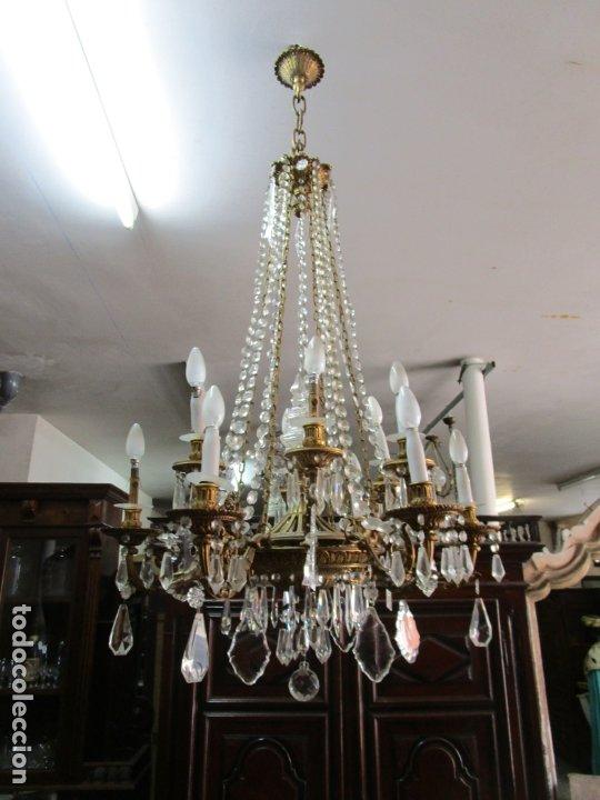 Antigüedades: Preciosa Lámpara de Techo - 12 Luces en 2 Niveles - Bronce Cincelado - Lagrimas de Cristal - S. XIX - Foto 31 - 178332288