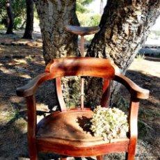 Antigüedades: SILLÓN DE BARBERO ANTIGUO. Lote 178364918