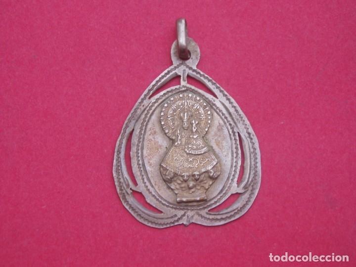MEDALLA ANTIGUA SIGLO XIX EN PLATA VIRGEN DE VALLIVANA. MORELLA CASTELLÓN. (Antigüedades - Religiosas - Medallas Antiguas)