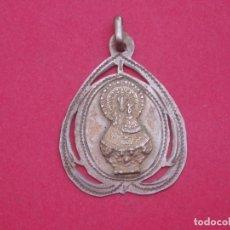 Antigüedades: MEDALLA ANTIGUA SIGLO XIX EN PLATA VIRGEN DE VALLIVANA. MORELLA CASTELLÓN.. Lote 178386437