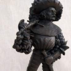 Antigüedades: ESTATUILLA ÚNICA, SOLDADO DEL SIGLO XVI, ALTURA 25 CM . Lote 178396400