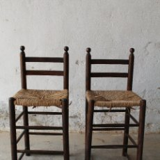 Antigüedades: 2 SILLAS ALTAS DE ENEA. Lote 178403406
