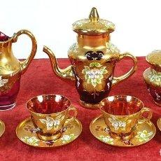 Antigüedades: JUEGO DE CAFÉ. CRISTAL DE BOHEMIA. DETALLES EN DORADO. PINTADO A MANO. SIGLO XX.. Lote 178556790