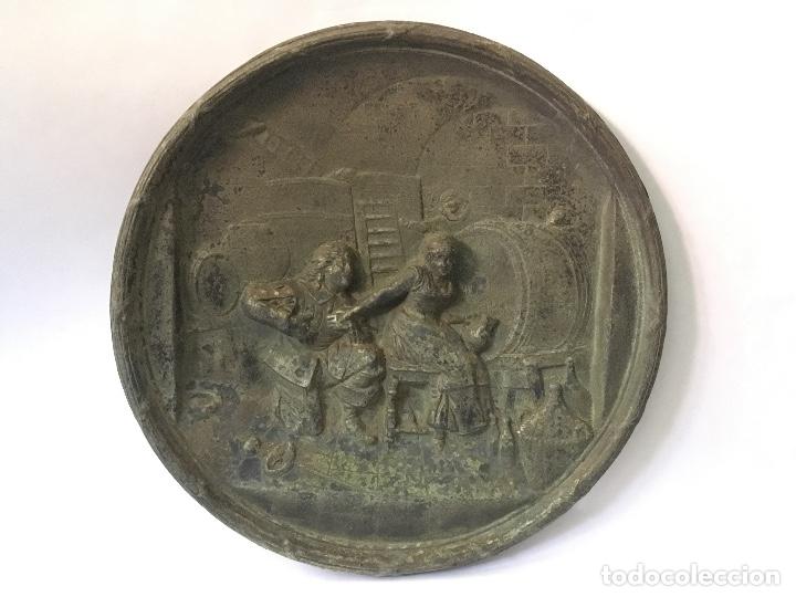 PAREJA DE PLATOS ANTIGUOS (Antigüedades - Hogar y Decoración - Platos Antiguos)