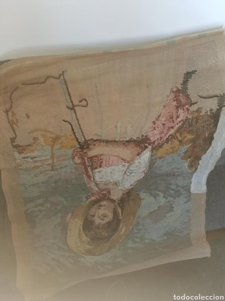 Antigüedades: Precioso cuadro de punto de cruz. Años 50-60 - Foto 7 - 178573820