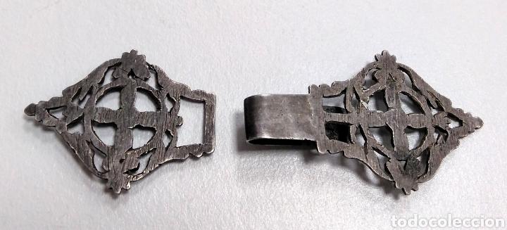 Antigüedades: Hebilla siglo XIX en plata. Indumentaria tradicional - AC8 - Foto 2 - 178576048