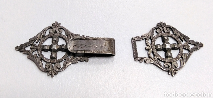 HEBILLA SIGLO XIX EN PLATA. INDUMENTARIA TRADICIONAL - AC8 (Antigüedades - Moda y Complementos - Mujer)
