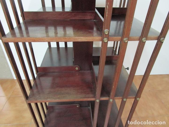 Antigüedades: Mueble Giratorio de Biblioteca - Librería Victoriana - Madera de Caoba - con Ruedas - Ideal Libros - Foto 6 - 178596497