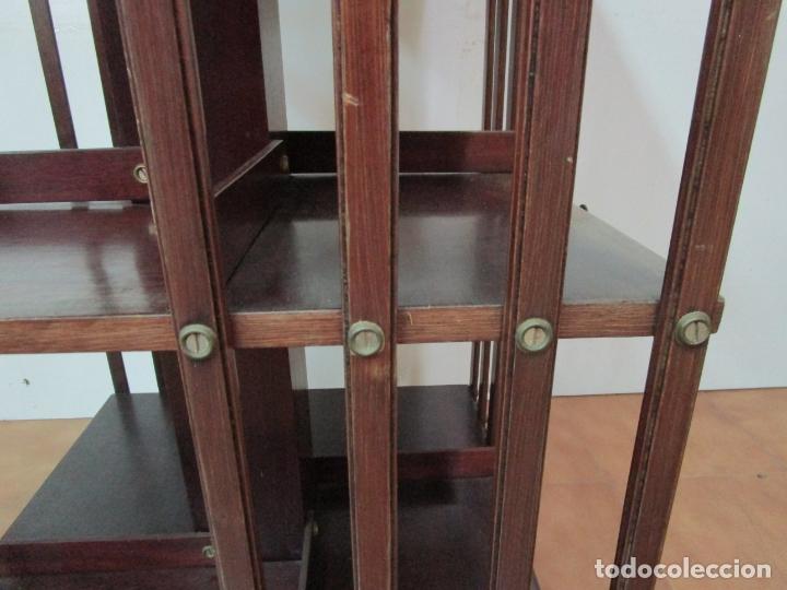 Antigüedades: Mueble Giratorio de Biblioteca - Librería Victoriana - Madera de Caoba - con Ruedas - Ideal Libros - Foto 7 - 178596497