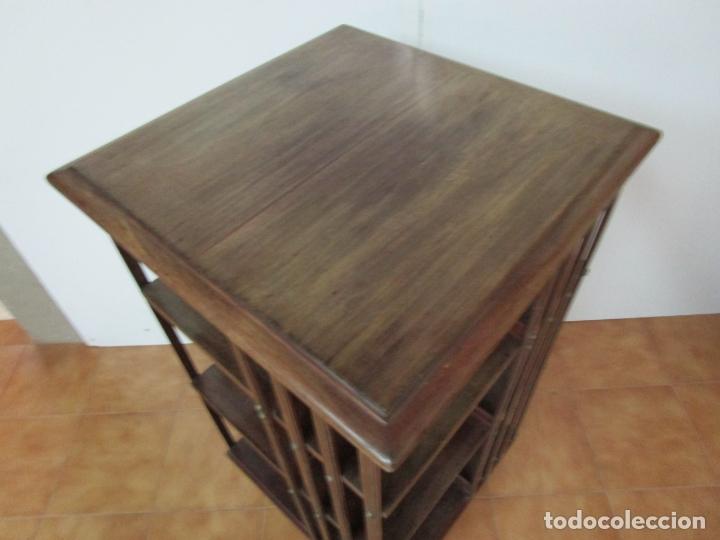 Antigüedades: Mueble Giratorio de Biblioteca - Librería Victoriana - Madera de Caoba - con Ruedas - Ideal Libros - Foto 13 - 178596497