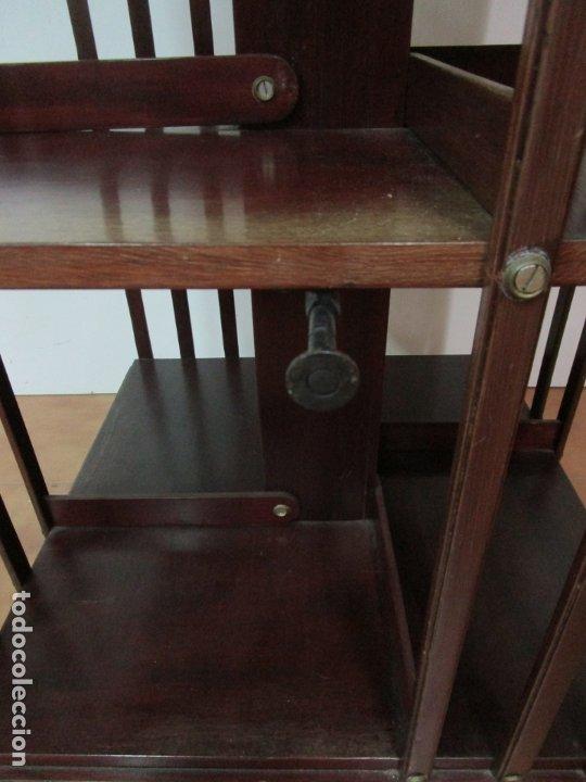 Antigüedades: Mueble Giratorio de Biblioteca - Librería Victoriana - Madera de Caoba - con Ruedas - Ideal Libros - Foto 15 - 178596497