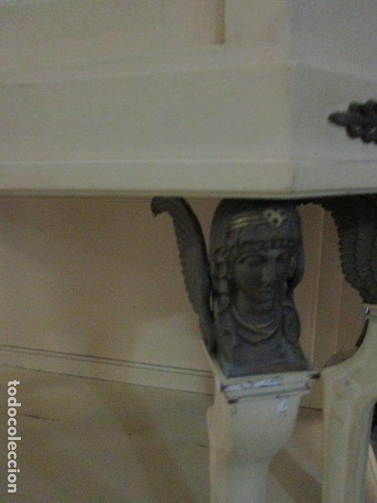 Antigüedades: Vitrina Estilo Imperio - Madera de Caoba - Laca Blanca - Bronce - 175 cm Altura - Foto 6 - 178605267