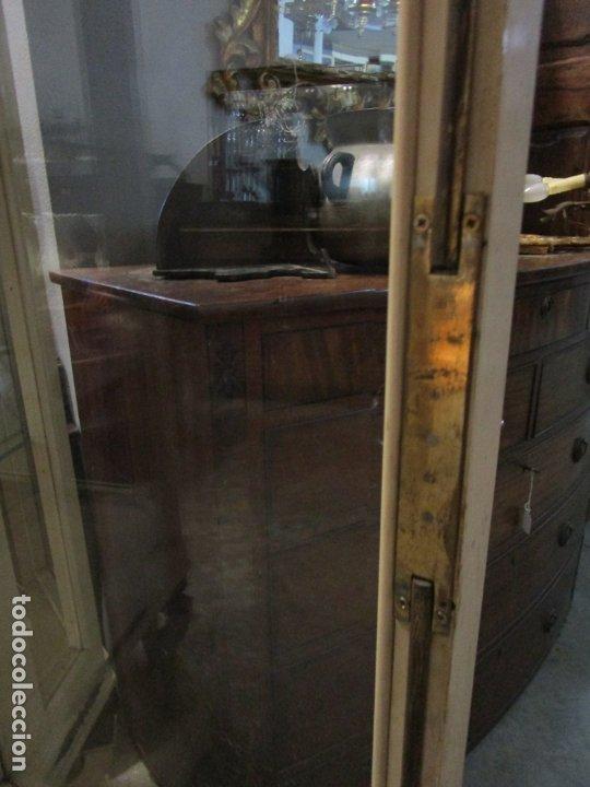Antigüedades: Vitrina Estilo Imperio - Madera de Caoba - Laca Blanca - Bronce - 175 cm Altura - Foto 32 - 178605267