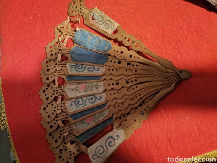 Antigüedades: Abanico de madera,modernista. pintado a mano. Principios siglo XX - Foto 4 - 178614030