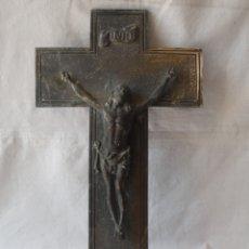 Antigüedades: ANTIGUA CRUZ CRUCIFIJO DE BRONCE.. Lote 178615146
