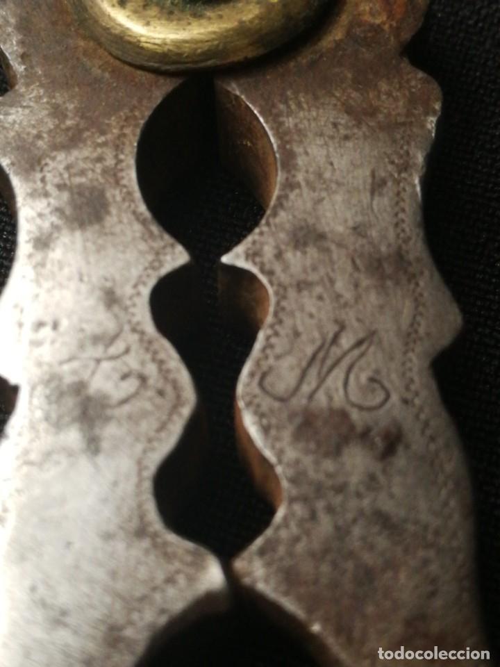 Antigüedades: Antigua pareja de cascapiñones - Foto 9 - 178637103