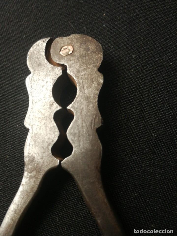 Antigüedades: Antigua pareja de cascapiñones - Foto 10 - 178637103