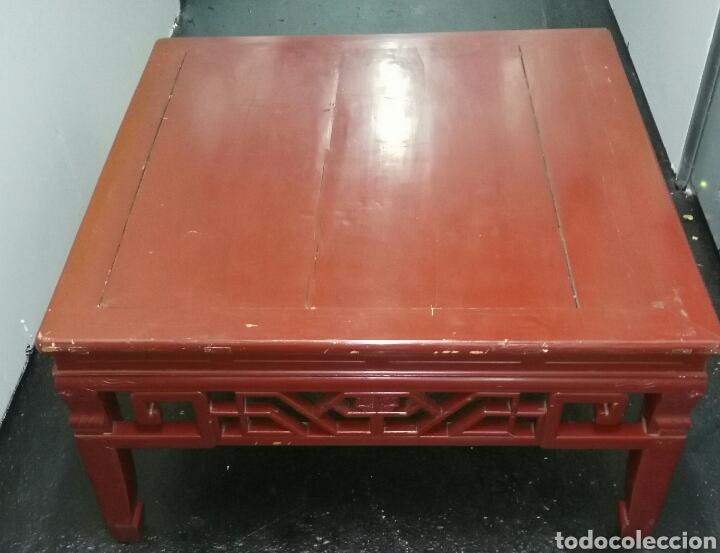 ANTIGUA MESA CHINA. MADERA LACADA. ENVIO INCLUIDO EN EL PRECIO. (Antigüedades - Muebles Antiguos - Mesas Antiguas)