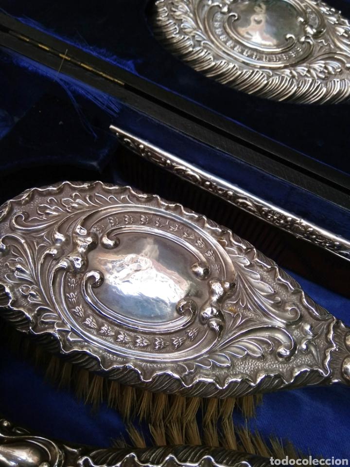 Antigüedades: Juego de tocador Set de 6 piezas, plata de ley siglo XIX - Foto 15 - 178668587