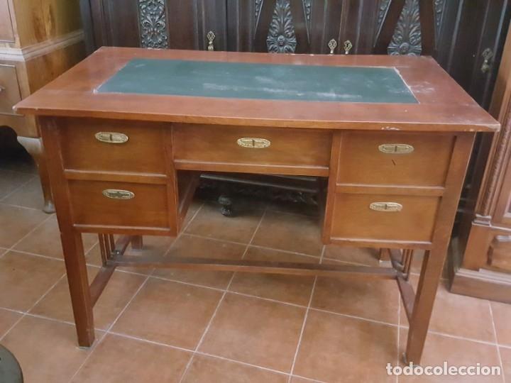 Antigüedades: Mesa de despacho modernista para restaurar. - Foto 3 - 178708836
