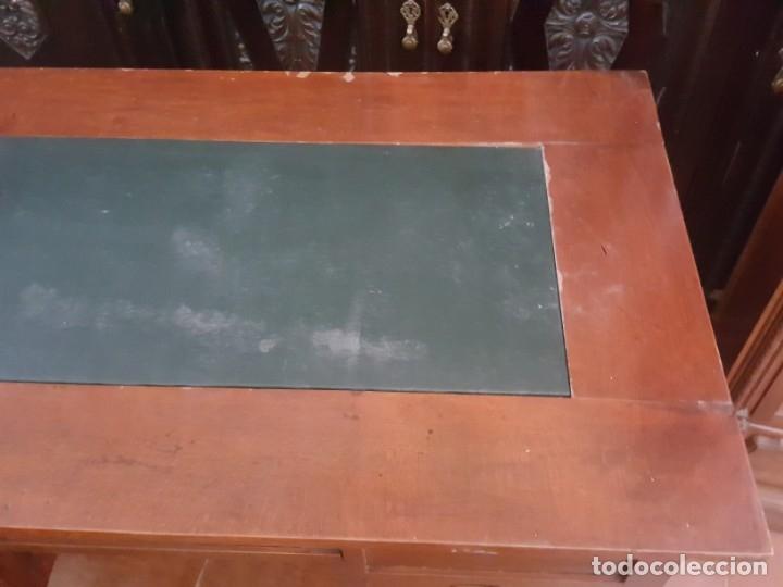 Antigüedades: Mesa de despacho modernista para restaurar. - Foto 4 - 178708836