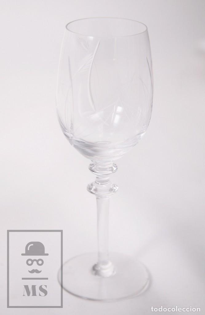 Antigüedades: Conjunto de Cristal de Bohemia con 38 Piezas / Copas - Cristalería Tallada - Marca Grabada al Ácido - Foto 21 - 178783517