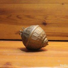 Antigüedades: LAMPARA DE TECHO DE PETROLIO O ACIETE DE HIERRO. Lote 178785758