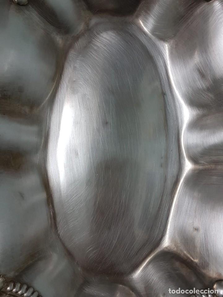 Antigüedades: FRUTERO PANERA. METAL PLATEADO. 36x27 CM. DECORADA. MAJESTUOSA. - Foto 2 - 178806755