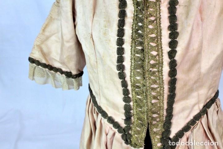 Antigüedades: t9 Sobreveste SXVIII o chaquetilla en seda hilos de oro encajes. Museos, indumentaria o imágenes. - Foto 6 - 178840315