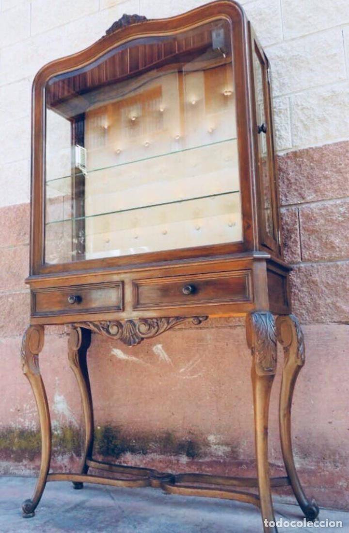 Antigüedades: Mueble cristalera Luis XV - Foto 2 - 178869143