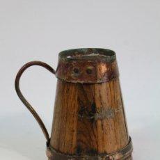 Antigüedades: JARRA TONELERA ASTURIANA ANTIGUA MADERA Y COBRE ROBLE VINO. Lote 178921812