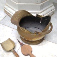 Antigüedades: CARBONERA DE COBRE SIGLO XIX CON PALA Y FUELLE. Lote 178932690