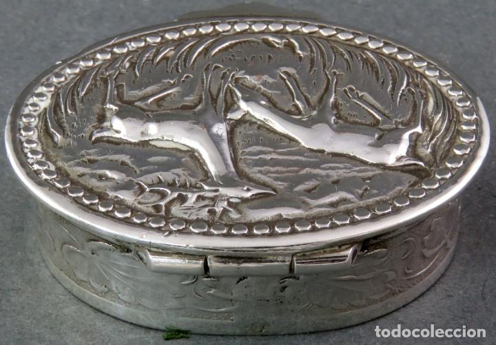 Antigüedades: Caja pastillero en plata pareja de ciervos con interior dorado siglo XX - Foto 2 - 178948203