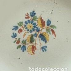 Antigüedades: PLATO. ALCORA. FÁBRICA CONDE DE ARANDA. SIGNADO CON UNA *R. SERIE EL RAMITO. AÑO 1800.. Lote 178948967