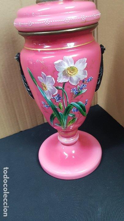 Antigüedades: impresionante quinque en opalina rosa pintado a mano principio siglo xx cristal modernista - Foto 2 - 178968168