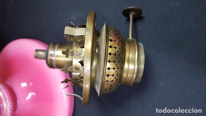 Antigüedades: impresionante quinque en opalina rosa pintado a mano principio siglo xx cristal modernista - Foto 25 - 178968168