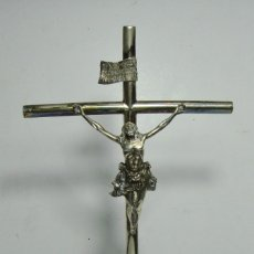 Antigüedades: CRISTO CRUCIFICADO EN PLATA MACIZA. CON CONTRASTES.. Lote 178975860