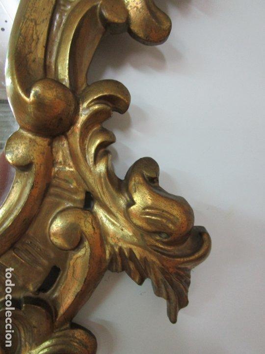 Antigüedades: Bonita Cornucopia - Madera Tallada y Dorada en Pan de Oro - Espejo Antiguo Plateado - S. XIX - Foto 4 - 179020340