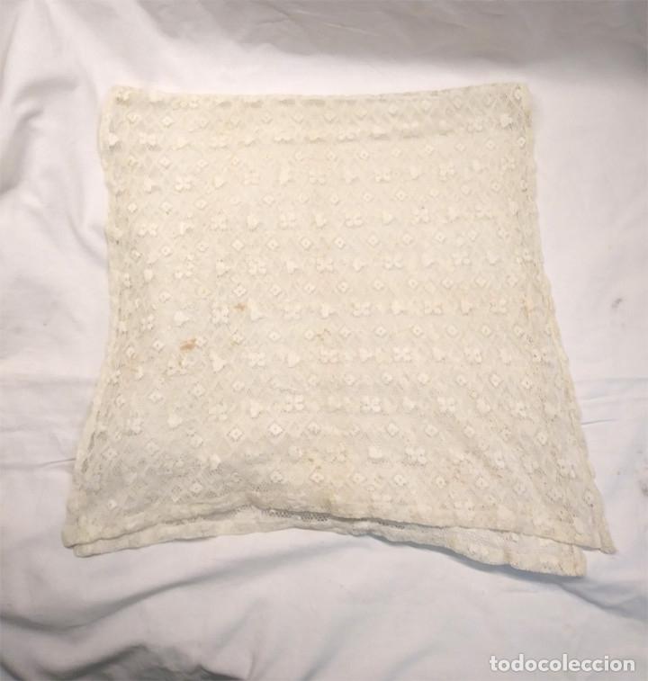Antigüedades: Mantilla de Encaje Blanca rectangular. Med. 40 x 80 cm - Foto 3 - 179021243