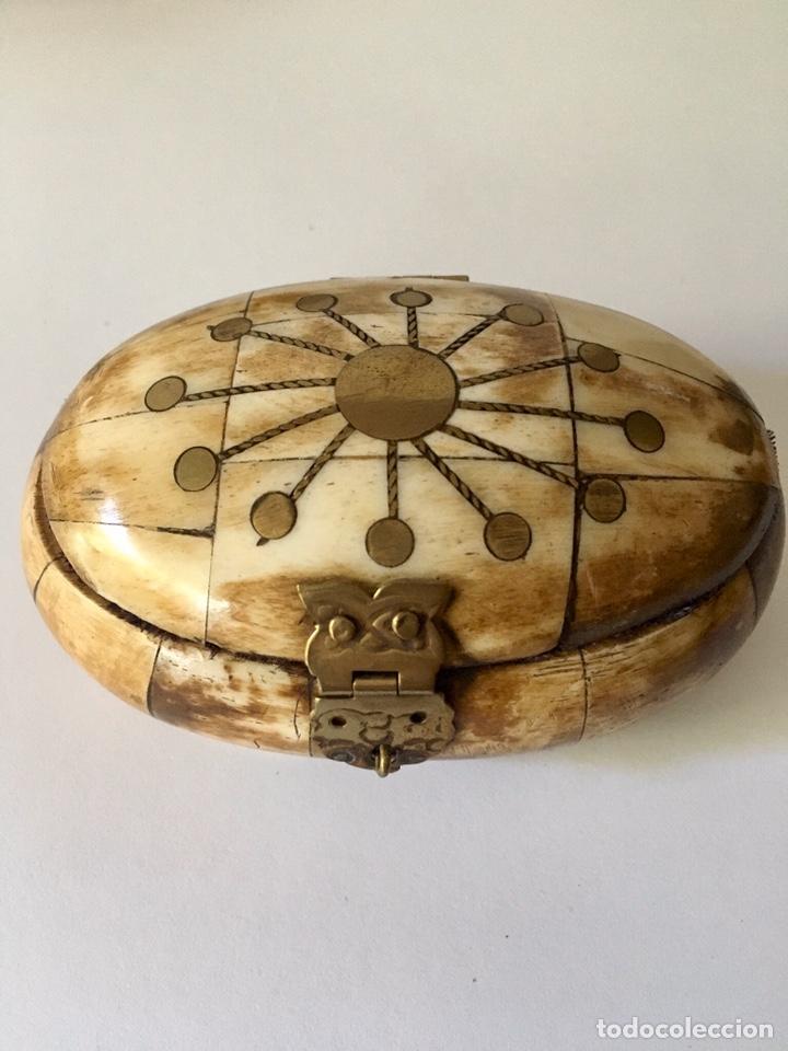 Antigüedades: Cajas cajitas joyero de hueso y bronce de colección, varios tamaños - Foto 4 - 179042260