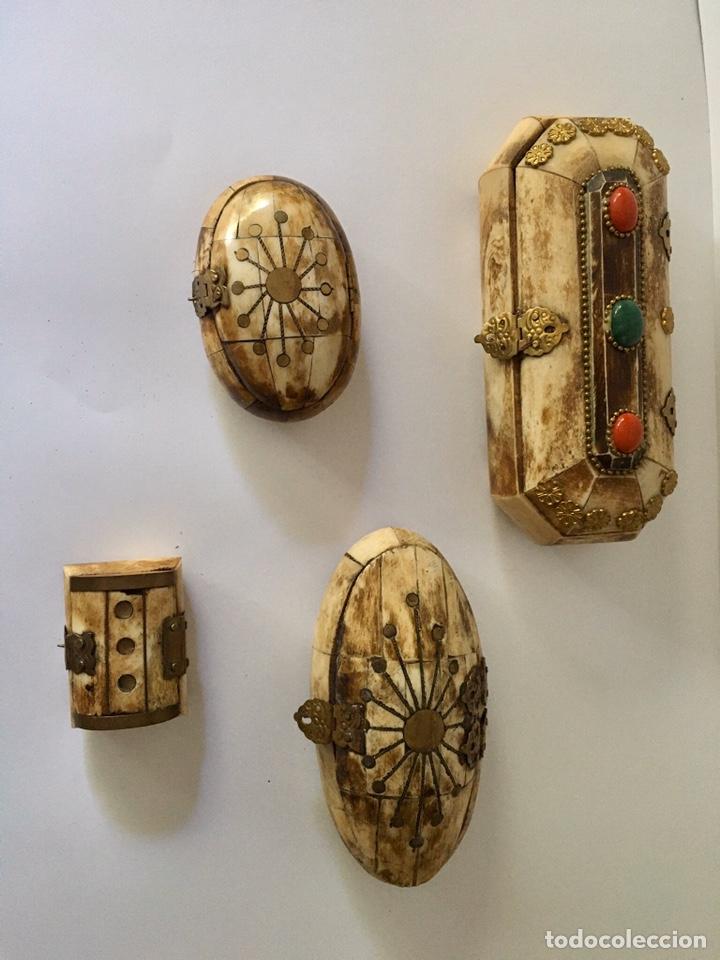 Antigüedades: Cajas cajitas joyero de hueso y bronce de colección, varios tamaños - Foto 8 - 179042260