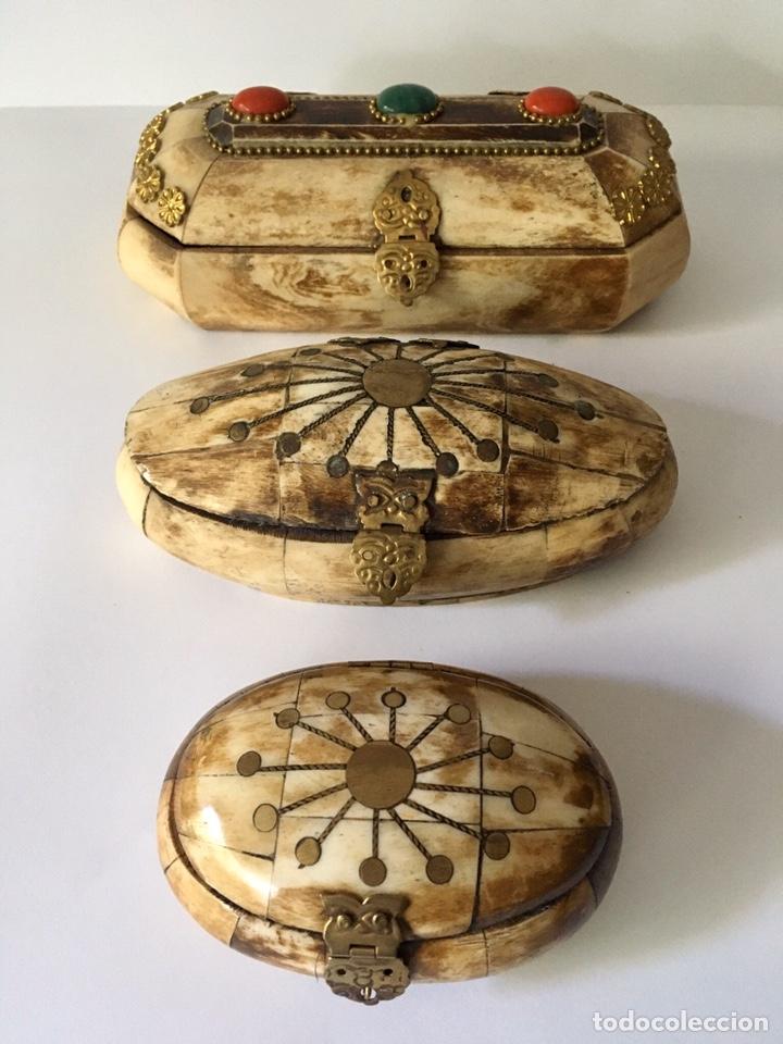 Antigüedades: Cajas cajitas joyero de hueso y bronce de colección, varios tamaños - Foto 11 - 179042260